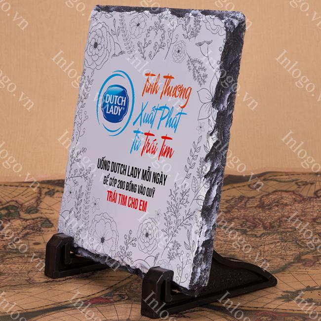 kỷ niệm chương đá